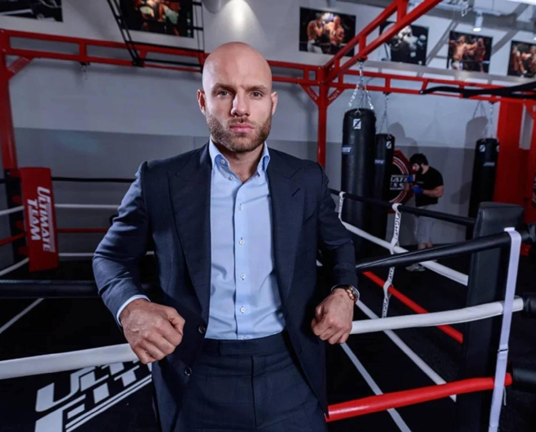 В России появилась первая профессиональная лига кулачных боёв.